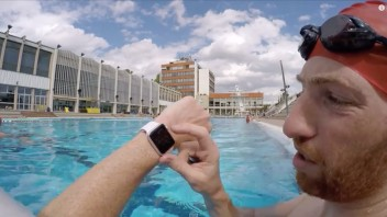 Apple Watch vandtæt i swimmingpool