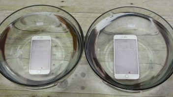 iphone-6s-under-vand
